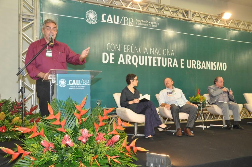 Jornalista Paulo Markun participa da I Conferência Nacional de Arquitetura e Urbanismo