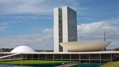 Senado Federal recua e não vota nova Lei de Licitações, criticada por Tribunais de Contas