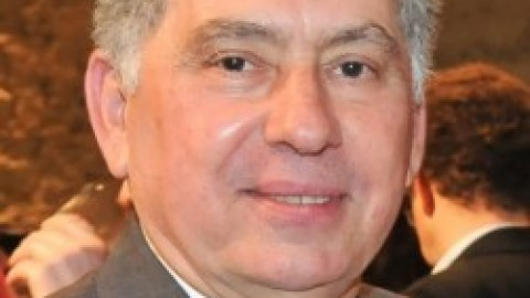 Sérgio Magalhães reeleito presidente do IAB