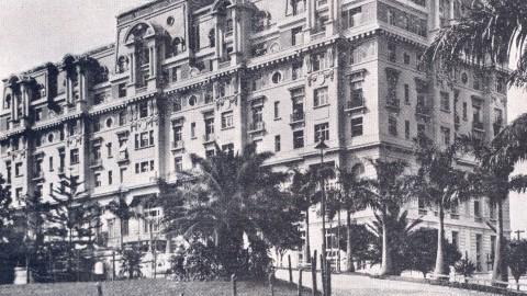 Secovi-SP mostra a história da hotelaria paulista em palestra e passeio pelo Centro