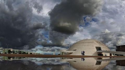 """Arquitetura do Brasil, representada por Brasília, é """"melancólica, feia e desumana"""""""