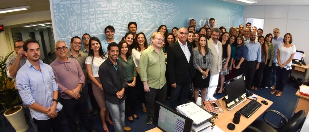 Presidentes do CAU/BR e RJ, diretores e funcionários do CAU na inauguração do 16º andar