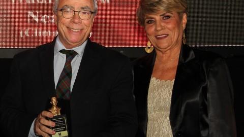 Presidente da Abrava recebe Trofeu Oswaldo Moreira