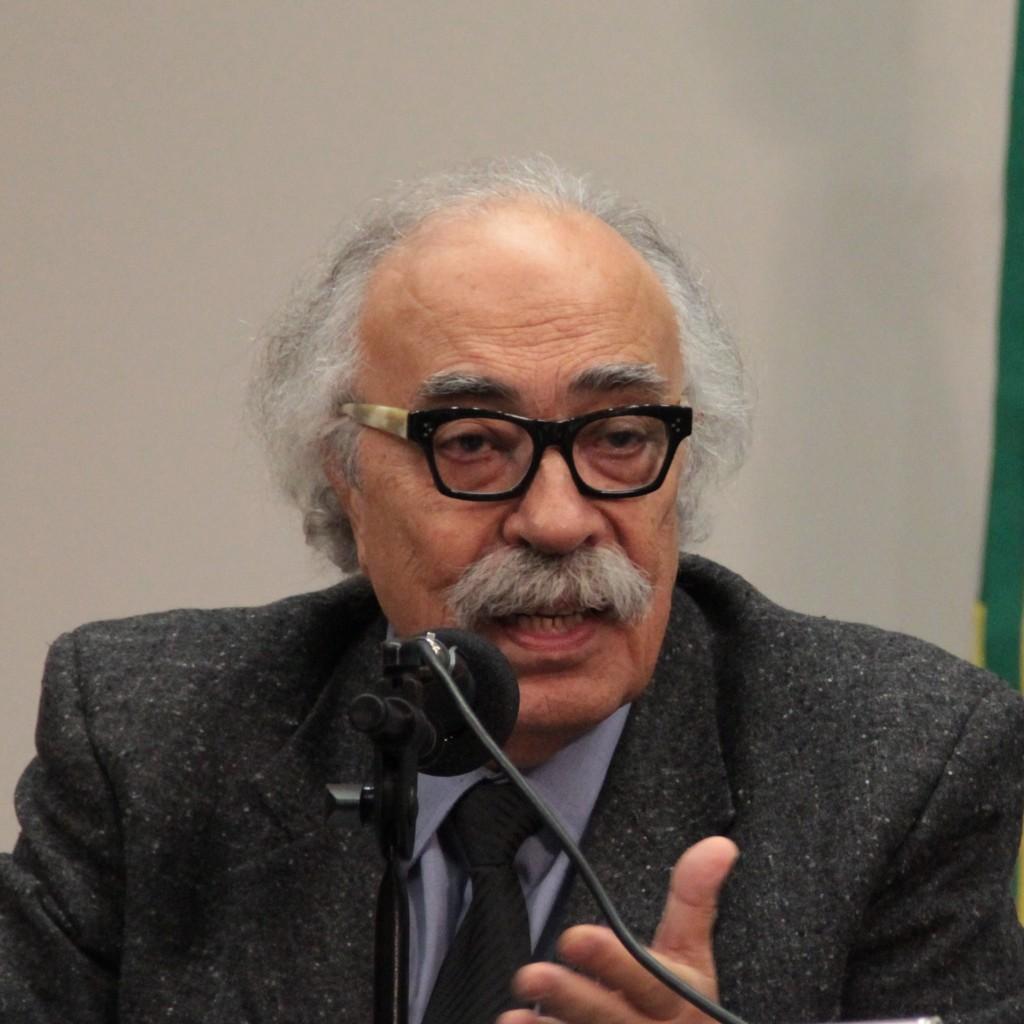 Luiz Fernando Janot1