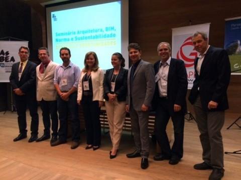 Presidente da AsBEA Arq. Miriam Addor participa do Seminário sobre desafios e oportunidades do setor promovido pela AsBEA-RS