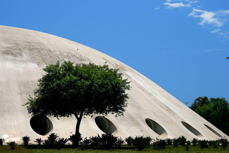 Pavilhão Gov. Lucas Nogueira Garcez (Oca) no Parque Ibirapuera, em São Paulo
