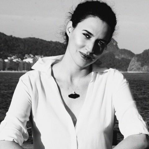Arquiteta brasileira Carla Juaçaba vence prêmio mundial de arquitetura